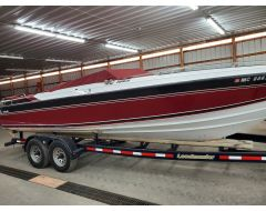 26 Nova II with Twin 260 HP V8 Mercruiser and Tandem Axle Trailer