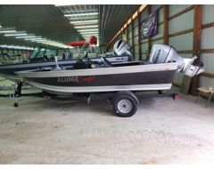 165 Competitor CS With 90 HP Honda and Trailer