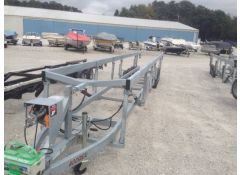 Hydraulic Triple Axle Box-Frame Cantilever-stylePontoon Trailer